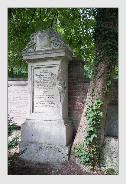 Grab der Familie Kesling auf dem Alten Südfriedhof München (August 2013)