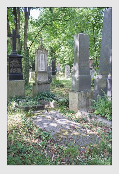 Grab der Familie Mühlbaur auf dem Alten Südfriedhof München (August 2013)