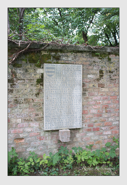 Grab der Familie Mauchenheim auf dem Alten Südfriedhof München (August 2013)