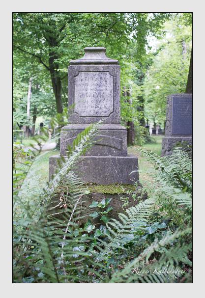 Grab der Familie Correns auf dem Alten Südfriedhof München (August 2013)
