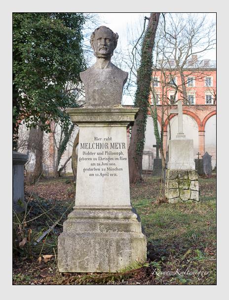 Grab der Familien Meyr & Müller auf dem Alten Südfriedhof München (Dezember 2013)