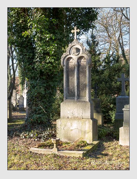 Grab der Familie Kolb auf dem Alten Südfriedhof München (Dezember 2013)