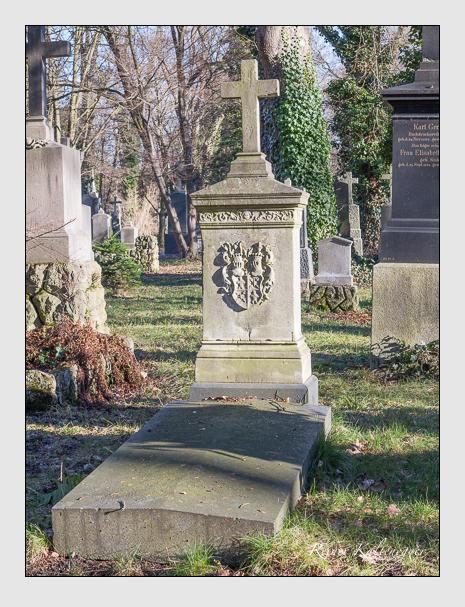 Grab der Familie Meisrimmel auf dem Alten Südfriedhof München (Februar 2014)