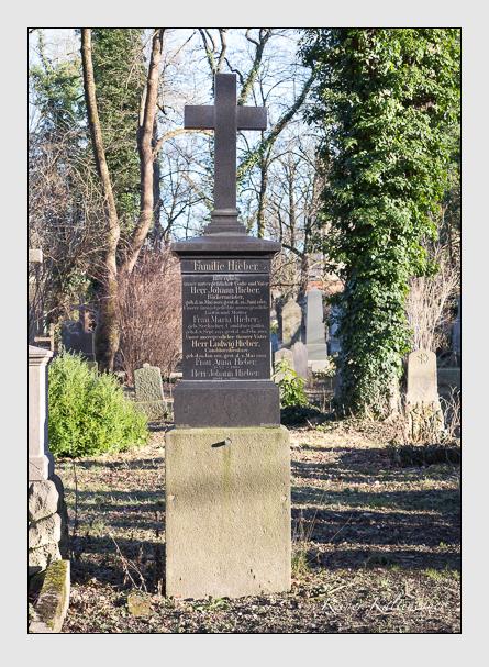 Grab der Familien Hieber · Mettenleiter · Zillober auf dem Alten Südfriedhof München (Februar 2014)