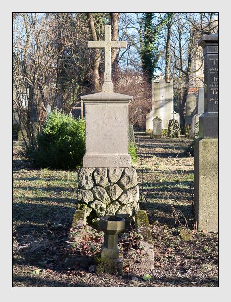 Grab der Familie Süßmaier auf dem Alten Südfriedhof München (Februar 2014)