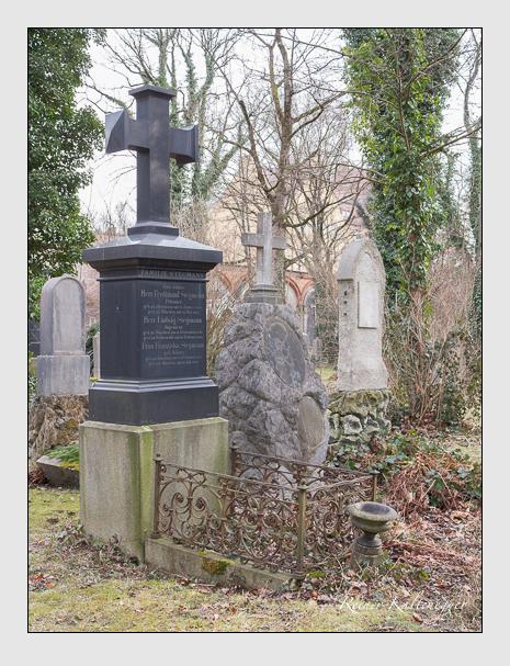 Grab der Familie Stegmann auf dem Alten Südfriedhof München (Februar 2014)