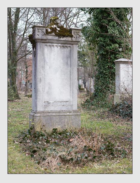 Grab der Familie Wirschinger auf dem Alten Südfriedhof München (Februar 2014)