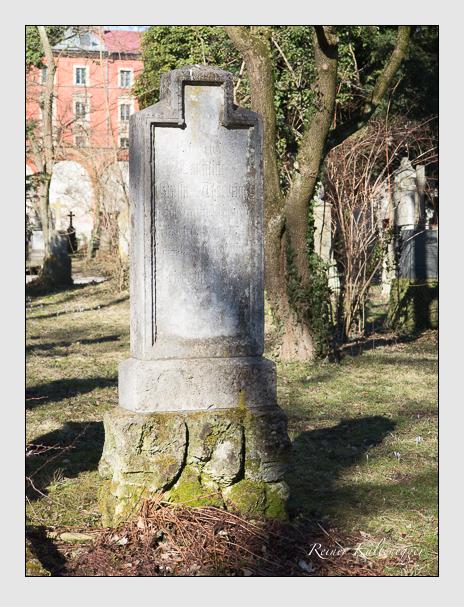 Grab der Familien Forstner · Thürheim auf dem Alten Südfriedhof München (Februar 2014)