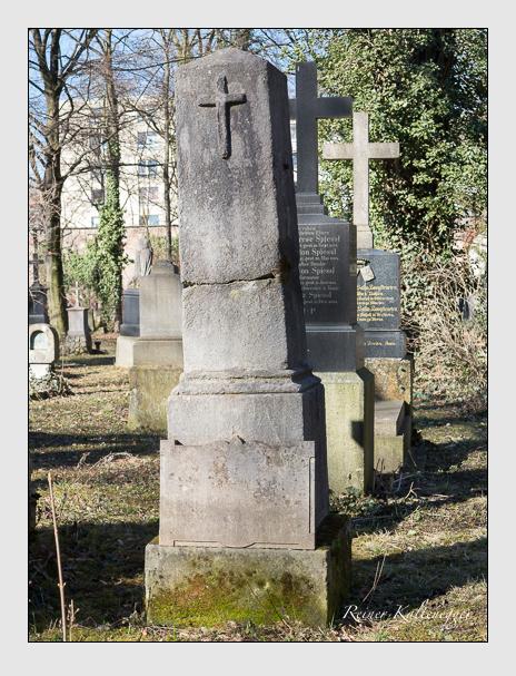 Grab der Familie Frey auf dem Alten Südfriedhof München (Februar 2014)