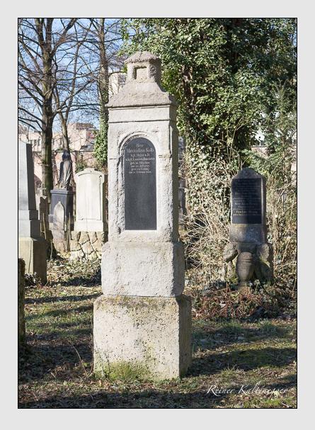 Grab der Familie Kolb auf dem Alten Südfriedhof München (Februar 2014)
