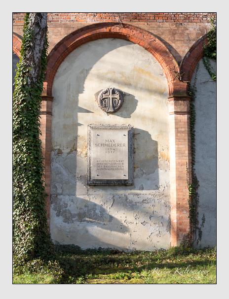 Grab der Familie Schmederer auf dem Alten Südfriedhof München (März 2014)