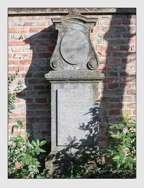 Grab der Familie Pillement auf dem Alten Südfriedhof München (April 2014)