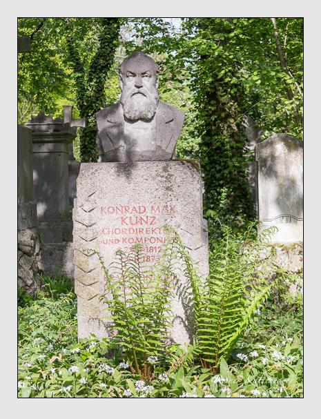 Gedenkstein für Konrad Max Kunz auf dem Alten Südfriedhof München (Mai 2014)