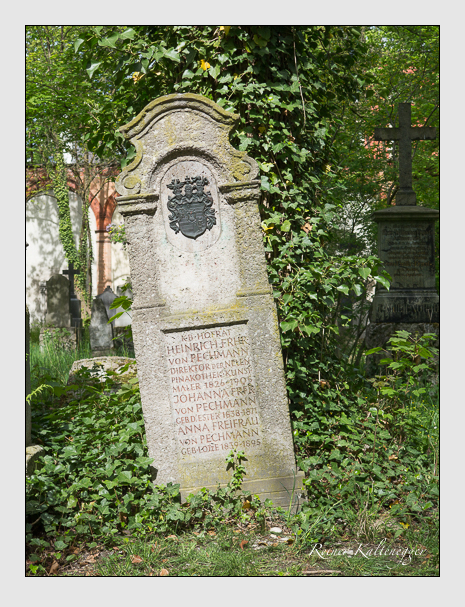 Grab der Familie Pechmann auf dem Alten Südfriedhof München (Mai 2014)