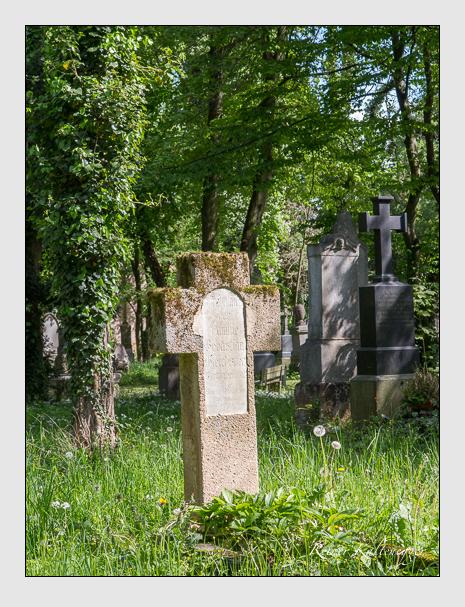 Grab der Familie Gleichsner auf dem Alten Südfriedhof München (Mai 2014)