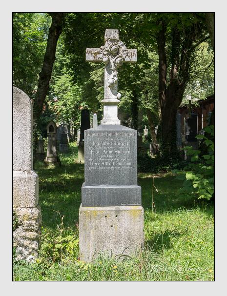 Grab der Familie Simmen auf dem Alten Südfriedhof München (August 2014)