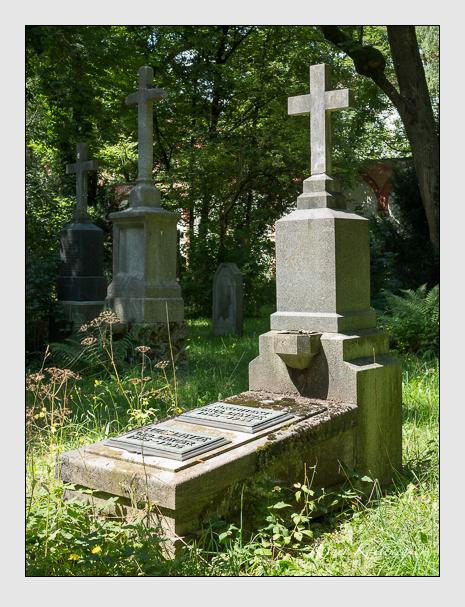 Grab der Familie Dietze auf dem Alten Südfriedhof München (August 2014)