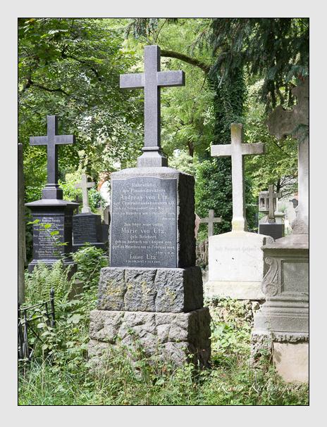 Grab der Familie Utz auf dem Alten Südfriedhof München (August 2014)