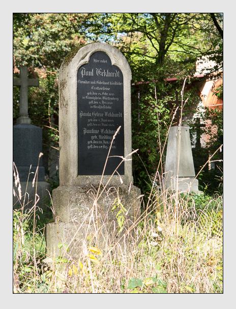 Grab der Familie Eckhardt auf dem Alten Südfriedhof München (Oktober 2014)