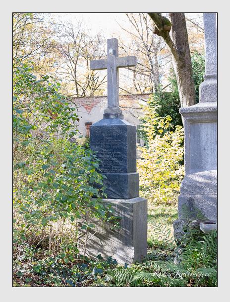 Grab der Familie Topper auf dem Alten Südfriedhof München (November 2014)
