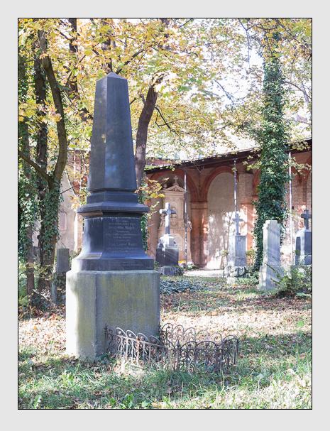 Grab der Familie Mayer auf dem Alten Südfriedhof München (November 2014)
