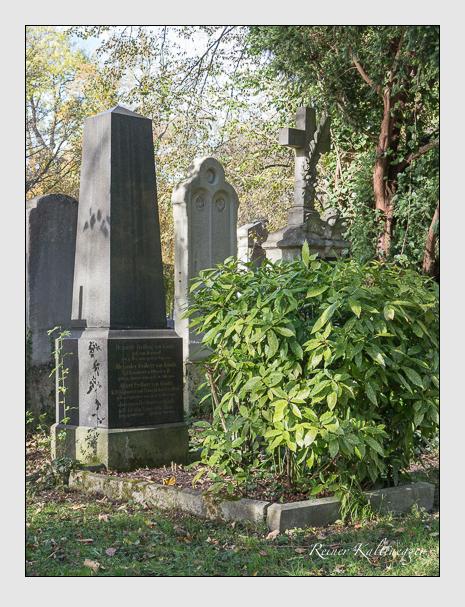 Grab der Familie Könitz auf dem Alten Südfriedhof München (November 2014)
