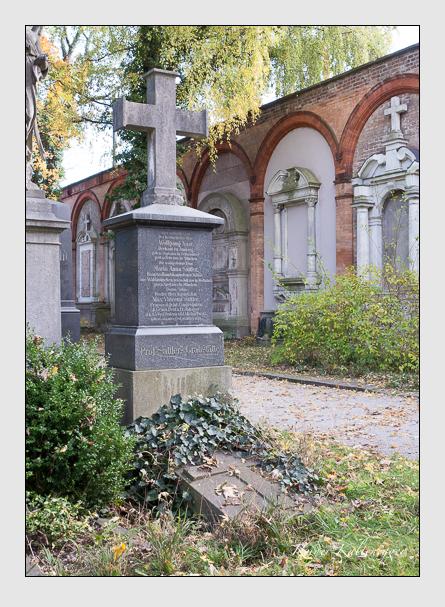 Grab der Familien Nast · Sattler auf dem Alten Südfriedhof München (November 2014)