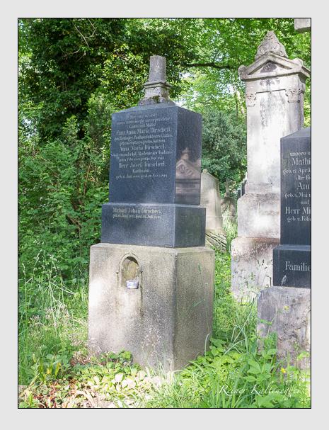 Grab der Familie Dirscherl auf dem Alten Südfriedhof München (Mai 2015)
