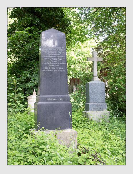 Grab der Familie Soyter auf dem Alten Südfriedhof München (Mai 2015)
