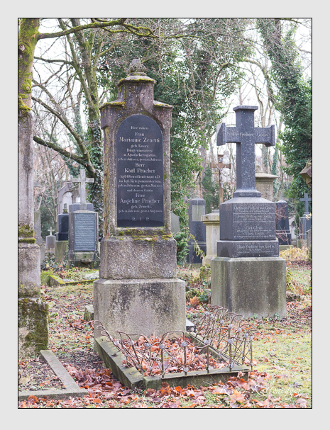 Grab der Familien Pracher & Zenetti auf dem Alten Südfriedhof München (Dezember 2015)