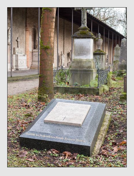 Grab der Familie Rummel auf dem Alten Südfriedhof München (Dezember 2015)