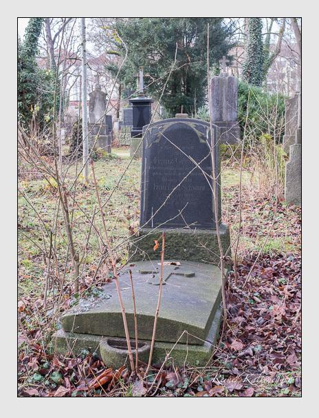 Grab der Familie Greiner auf dem Alten Südfriedhof München (Dezember 2015)
