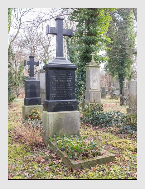 Grab der Familie Heck auf dem Alten Südfriedhof München (Dezember 2015)