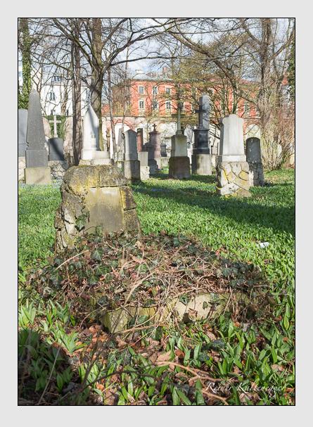 Grab der Familie Volkmann auf dem Alten Südfriedhof München (März 2016)