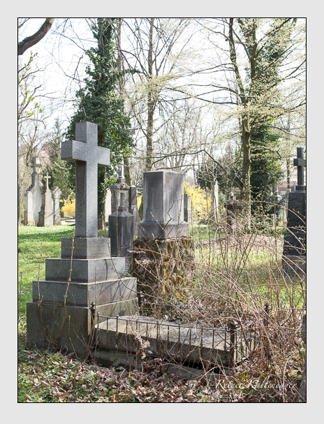 Grab der Familien Bachmann & Fuchs auf dem Alten Südfriedhof München (April 2016)