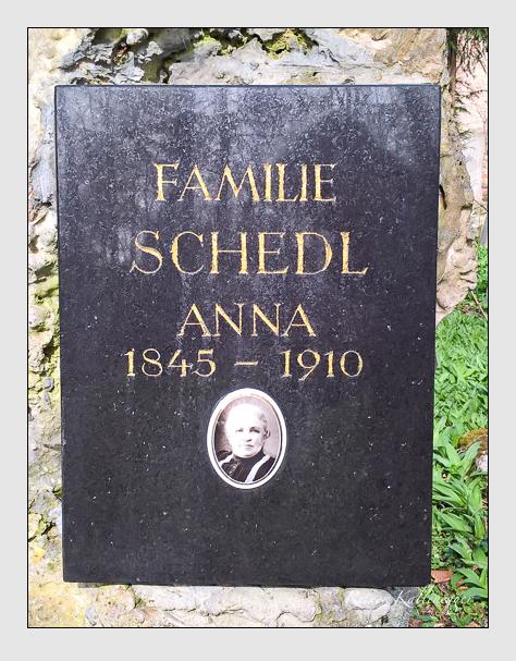 Grab der Familien Gantner & Hussendörfer & Schedl auf dem Alten Südfriedhof München (April 2016)
