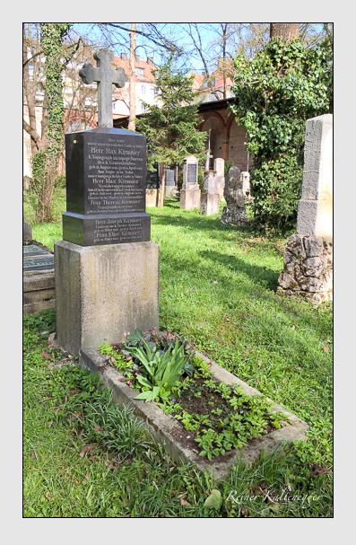 Grab der Familie Kirmaier auf dem Alten Südfriedhof München (April 2016)