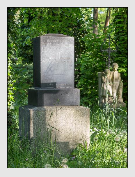 Grab der Familien Hammer & Ortner auf dem Alten Südfriedhof München (Mai 2016)