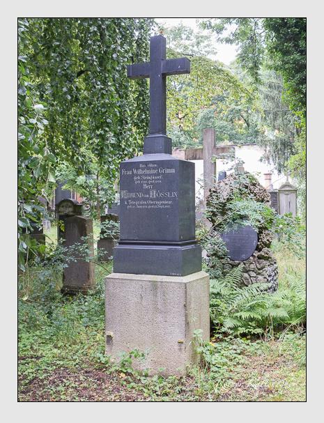 Grab der Familien Grimm & Hösslin auf dem Alten Südfriedhof München (Juli 2016)
