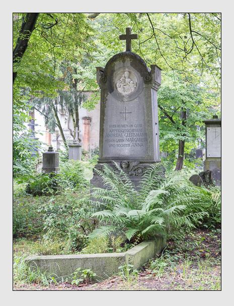 Grab der Familie Gleitsmann auf dem Alten Südfriedhof München (Juli 2016)