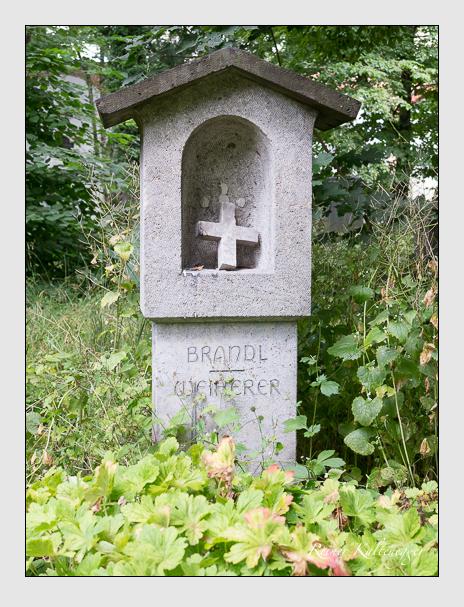 Grab der Familien Brandl & Weiherer auf dem Alten Südfriedhof München (Juli 2016)