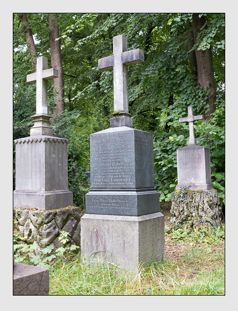 Grab der Familien Dobelbauer · Langstengel auf dem Alten Südfriedhof München (Juli 2016)