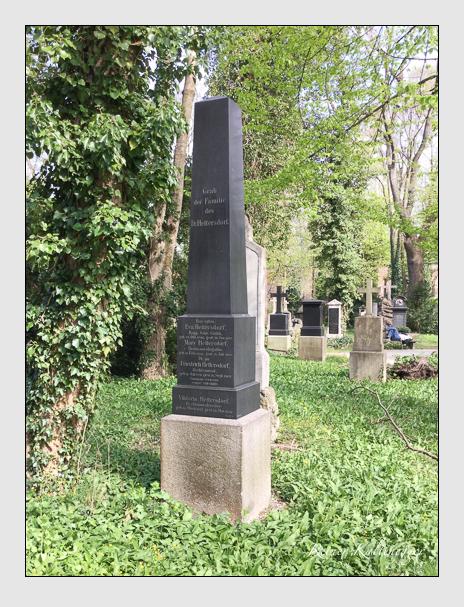 Grab der Familie Hettersdorf auf dem Alten Südfriedhof München (Oktober 2016)