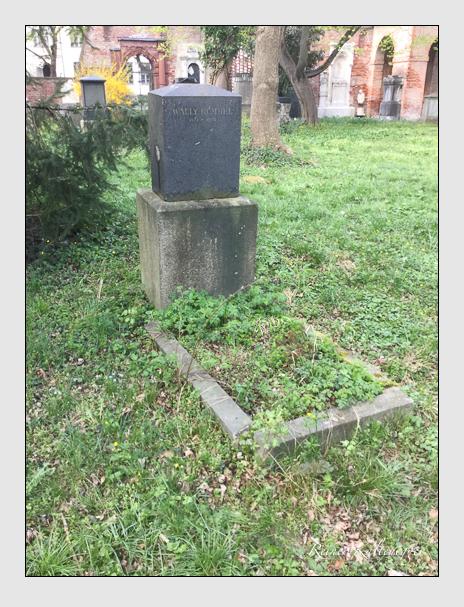 Grab der Familie Rummel auf dem Alten Südfriedhof München (April 2017)