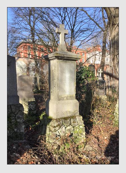 Grab der Familie Thünefeld auf dem Alten Südfriedhof München (Januar 2018)