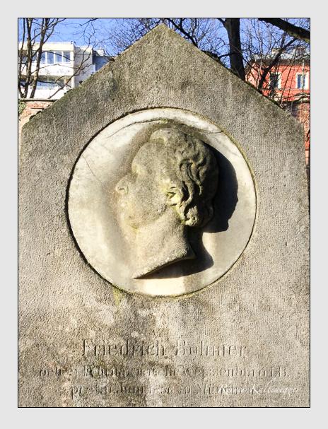 Grab der Familie Rohmer auf dem Alten Südfriedhof München (Januar 2018)