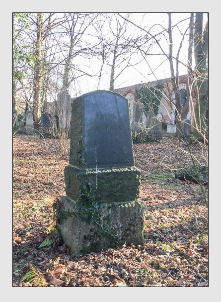 Grab der Familien Klotz & Pachmayr auf dem Alten Südfriedhof München (Januar 2018)