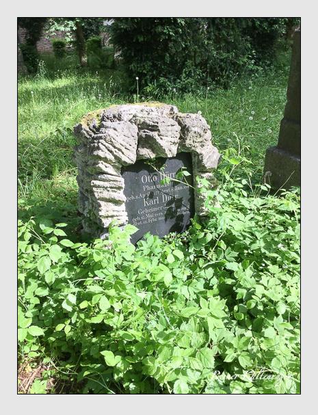 Grab der Familien Dürr & Mittermaier auf dem Alten Südfriedhof München (März 2018)