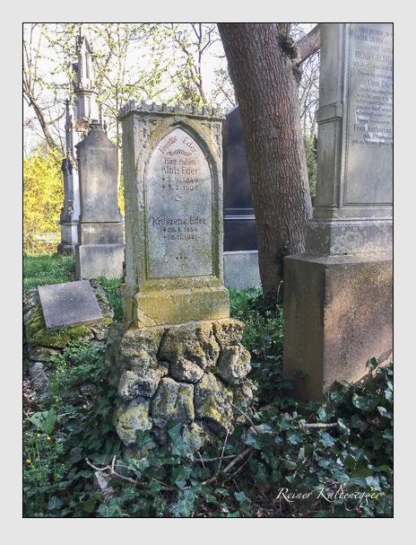 Grab der Familie Eder auf dem Alten Südfriedhof München (April 2018)