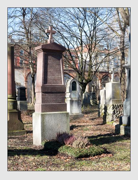 Grab der Familien Küffner · Lüder auf dem Alten Südfriedhof München (Februar 2020)